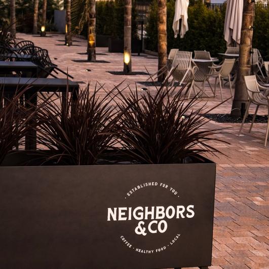 Terraza de Neighbors & Co